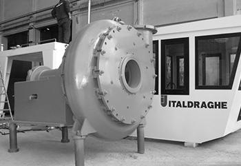 ITALDRAGHUE-1—Pompe_grayscale